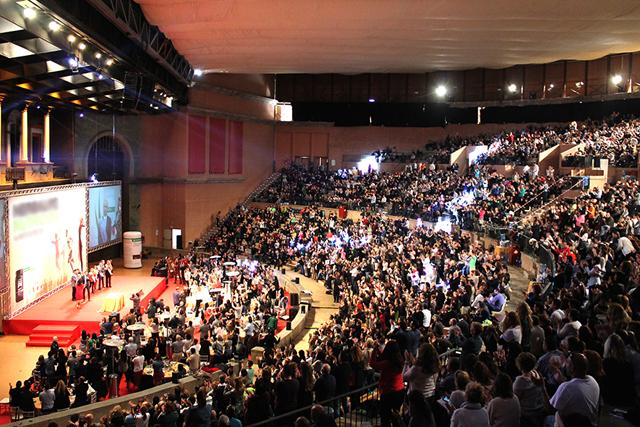 como-seleccionar-ponentes-para-congresos